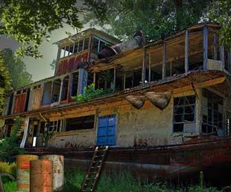 Mangrove Ship Treasure Escape