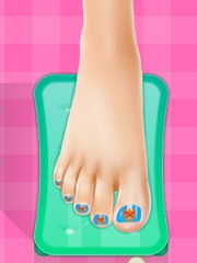 Ice Queen Glamorous Pedicure online hra